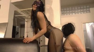 harte-ohrfeigen-von-mistress-gaia-2